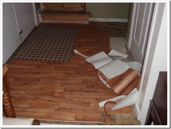 Как стелить линолеум в коридоре?