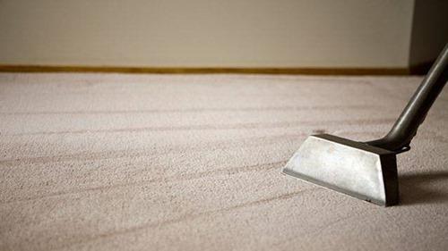 Как чистить ковролин?