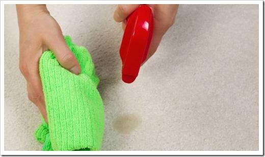 Как удалить пятна с ковролина?
