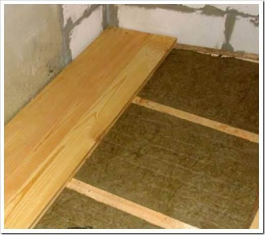 Как сделать теплее деревянный пол?