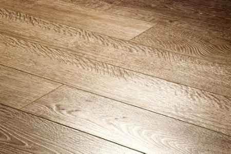 Купить Ламинат коллекция Brush Wood, Дуб седой 533, толщина 12 мм., 33 класс Ecoflooring (Экофлоринг)