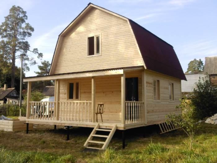 Какой брус лучше для строительства дачного дома