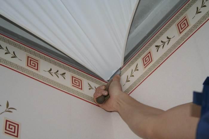 Натяжные потолки: особенности их установки