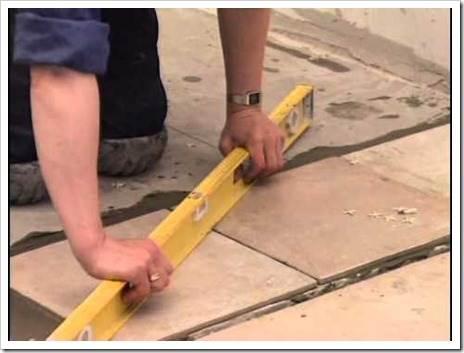 Подготовка поверхности плитки