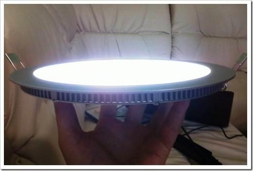 Как расположить центральный светильник?