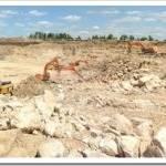 Процесс добычи известнякового щебня открытым способом