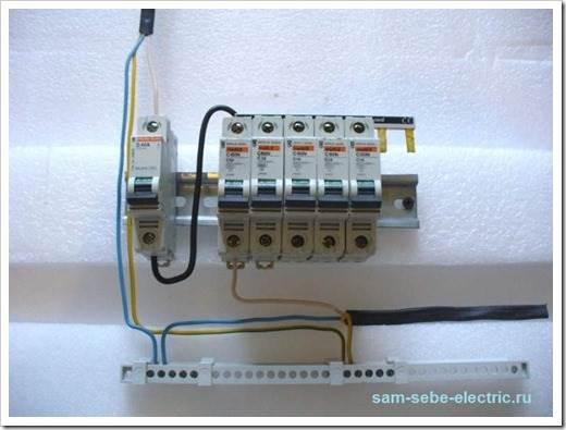 Как сделать электрощиток