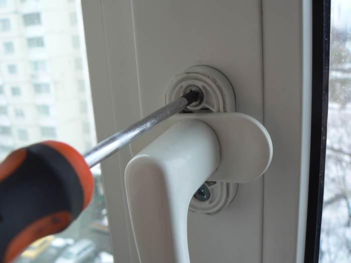 Как самому отремонтировать пластиковые окна
