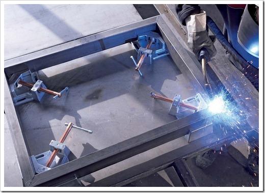 Какая сталь используется для производства профильных труб?