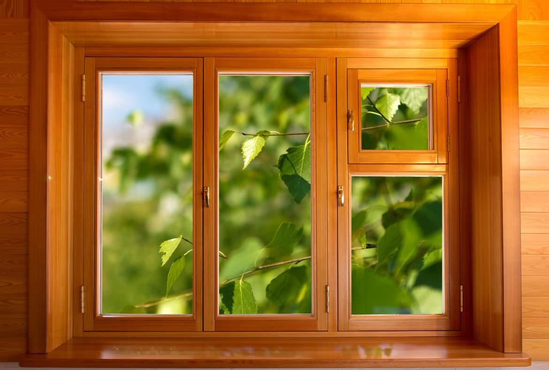 Как вставить деревянное окно
