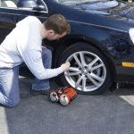 Как накачать шины автомобиля