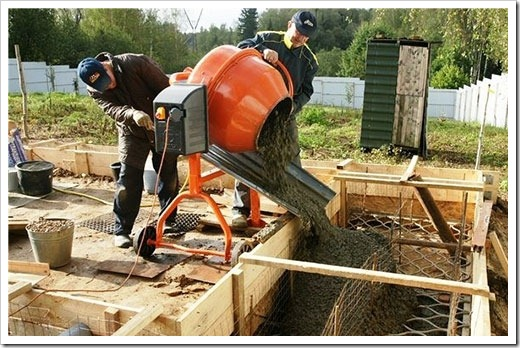 Вибрирование бетона и заливка бетона зимой