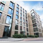 Почему покупать первичное жильё рекомендуется исключительно у застройщика?