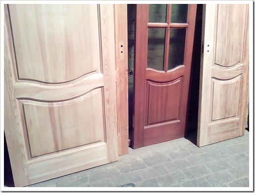 Стоит ли самостоятельно реставрировать шпонированные двери?