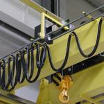 Троллейный шинопровод открытого или закрытого типа: в чем разница