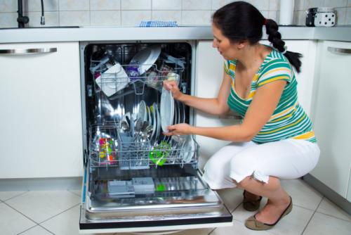 Плохо моет посуду посудомоечная машина: что делать