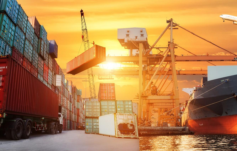 Как осуществляются перевозки международных сборных грузов