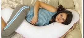 Подушка-валик для беременных — виды и как выбрать