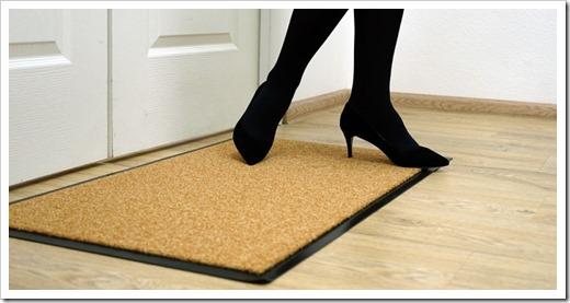 Советы по выбору коврика для прихожей