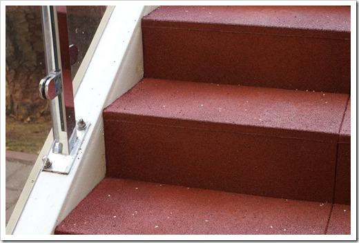 Резиновые ступени для крыльца - антискользкое покрытие